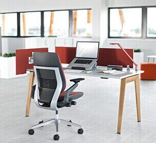 kancelarijski-stolovi